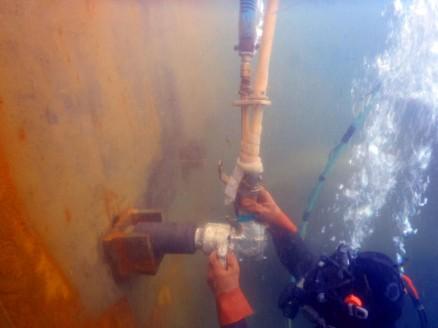 KW-4500PHI水中エアーインパクトレンチ4